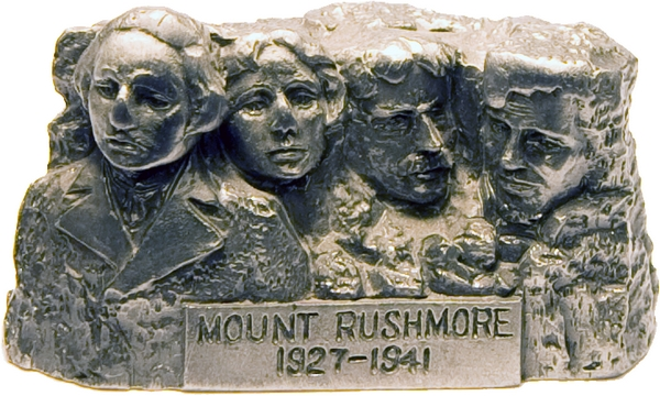 PEWTER MOUNT RUSHMORE SMALL STATUE