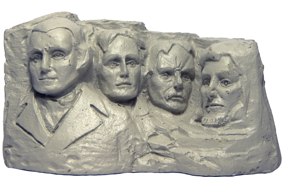 MOUNT RUSHMORE POLY STATUE